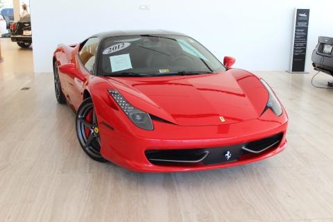 Doi bai xe boi thuong 19.500 USD vi lam mop Ferrari 458 hinh anh