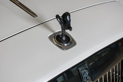 Rolls-Royce Dawn phoi mau doc dao o Abu Dhabi hinh anh 3