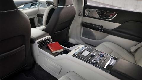 Lincoln Continental ban gioi han 80 chiec ra mat hinh anh 6