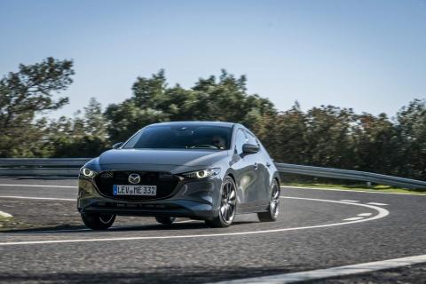 Mazda3 2019 lo dien phien ban chau Au, hang loat nang cap dong co hinh anh 3