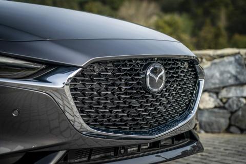 Mazda3 2019 lo dien phien ban chau Au, hang loat nang cap dong co hinh anh 1