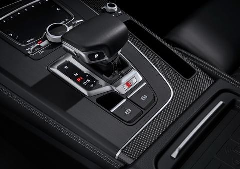 Audi SQ5 TDI 2019 ra mat, mo-men xoan ngang sieu xe hinh anh 5