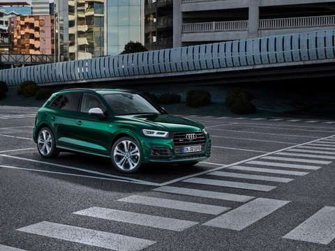 Audi SQ5 TDI 2019 ra mat, mo-men xoan ngang sieu xe hinh anh 6