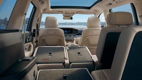 Mercedes-Benz GLS 2020 chot gia ban, canh tranh BMW X7 hinh anh 5