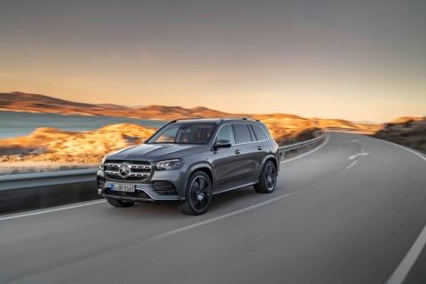 Mercedes-Benz GLS 2020 chot gia ban, canh tranh BMW X7 hinh anh 8