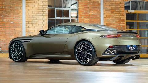Aston Martin ra mat sieu xe vinh danh 'Diep vien 007' hinh anh 3