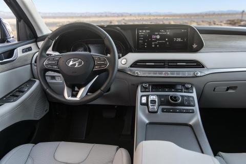 Hyundai Palisade chot gia ban, re hon Ford Explorer hinh anh 5