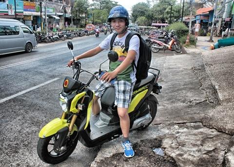#Mytour: Bien xanh, cat trang, nang vang va mot Thai Lan xinh dep hinh anh 4