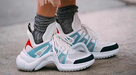 9 mau sneaker an tuong tai tuan le thoi trang 2018 hinh anh