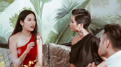 Thúy Vân khuyên H'Hen Niê: 'Hãy tâm niệm mình là Hoa hậu'