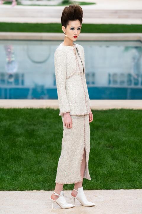 Vi sao 'Bo gia' Karl Lagerfeld vang mat tai show thoi trang Chanel? hinh anh 3