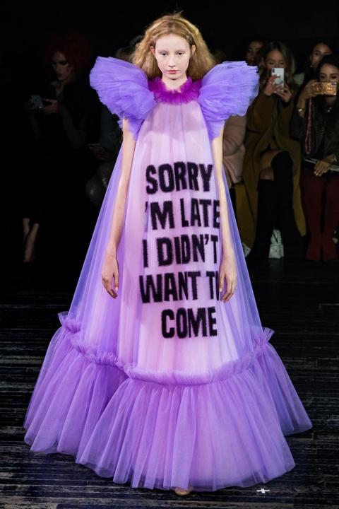 Di tim cac thiet ke doc dao tai tuan le thoi trang Haute Couture SS19 hinh anh 13