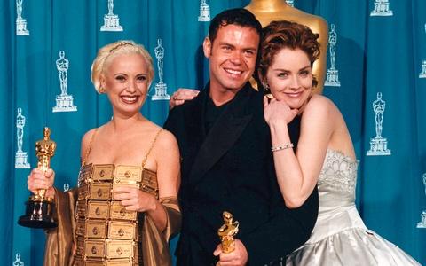 Thảm họa thời trang Oscar từng nhắc tên ngôi sao nào?