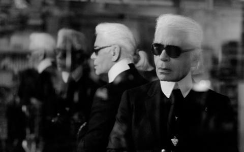 Mẹ Karl Lagerfeld chưa bao giờ tự hào về thành công của con trai