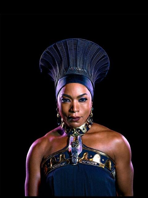 Ly do giup Black Panther gianh giai phuc trang dep nhat Oscar 2019 hinh anh 8
