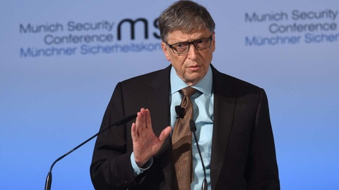 Ty phu Bill Gates chi thich mac kieu ao len khoac ngoai so mi hinh anh 8