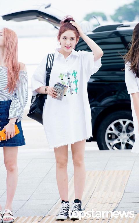 Jeon Somi - 'bong hong lai' xinh dep, so huu gu thoi trang tre trung hinh anh 9