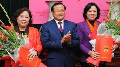 Ngay 1/11 bau lanh dao Thanh uy Ha Noi hinh anh