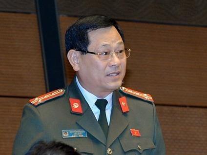 Tranh cai viec 'Facebook, Google phai dat may chu o Viet Nam' hinh anh