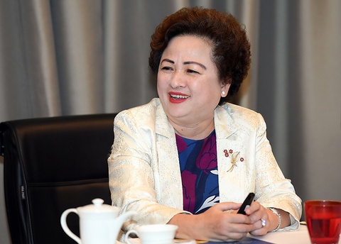 Doanh nhan Nguyen Thi Nga: Bat ke lam gi toi luon mang tam the di thi hinh anh