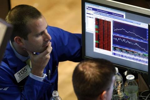 Lo so lam phat va lai suat, Dow Jones lai mat hon 1.000 diem hinh anh