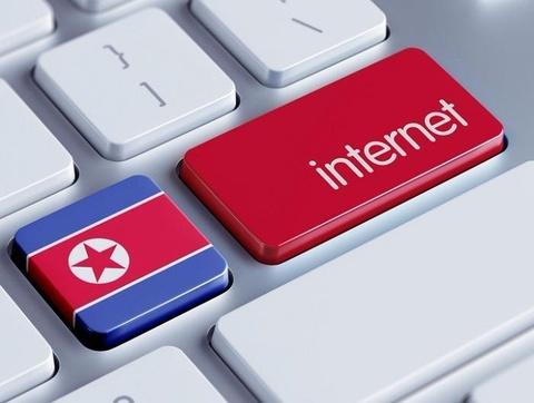 Trieu Tien cam nhan vien ngoai giao o nuoc ngoai dung Internet hinh anh