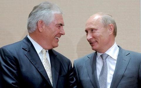 Tong thong Nga Putin gap Ngoai truong My Tillerson hinh anh
