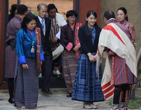 Cong chua Nhat Ban khoe tai ban cung tai Bhutan hinh anh 6