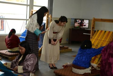 Cong chua Nhat Ban khoe tai ban cung tai Bhutan hinh anh 7