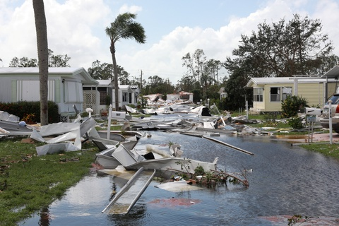 Florida tan hoang sau khi 'quai vat' Irma di qua hinh anh 8