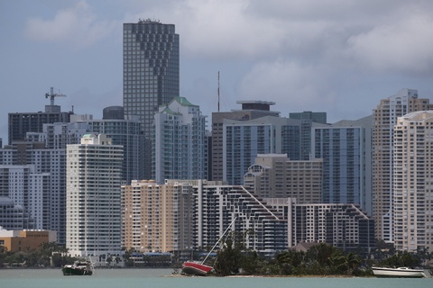 Florida tan hoang sau khi 'quai vat' Irma di qua hinh anh 1