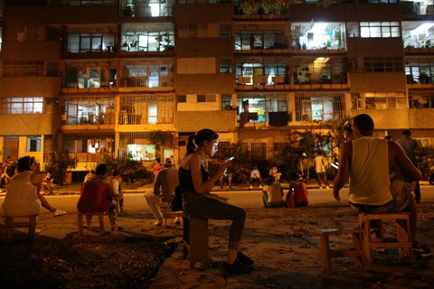 Internet o Cuba: Despacito, phim Han Quoc va gia dinh hinh anh 17