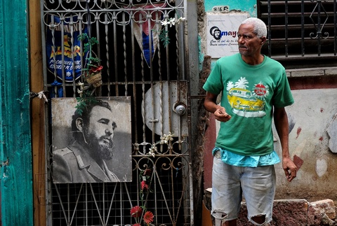 Cuba tuong niem mot nam ngay mat lanh tu Fidel Castro hinh anh 6