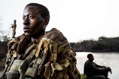 Biet doi 'nu chien binh' qua cam o Zimbabwe hinh anh 10