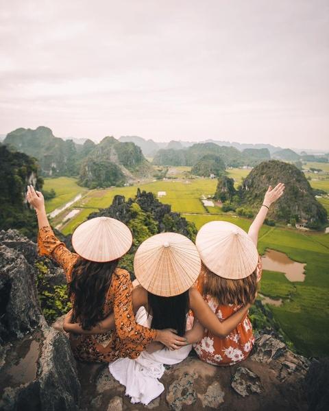 Doc mien dat nuoc kham pha canh dep Ninh Binh, Hue, Da Lat hinh anh 5