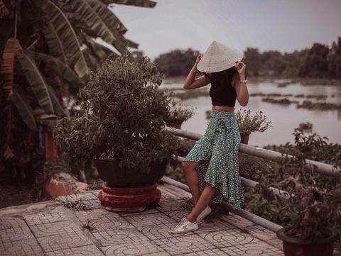 Hanh trinh check-in xuyen Viet cua chau gai ty phu Anh hinh anh 9
