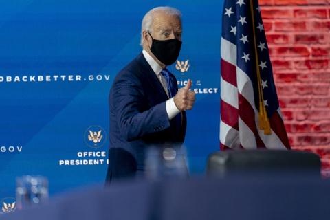 Ông Biden kêu gọi dân Mỹ đeo khẩu trang 100 ngày