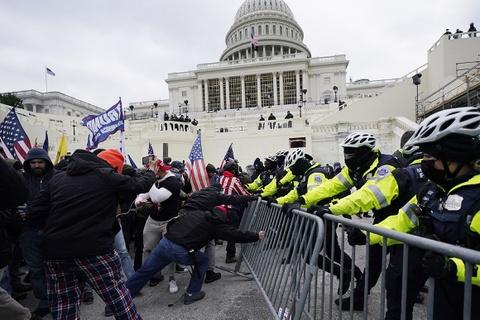 Chiến dịch săn lùng nhóm bạo loạn xông vào Điện Capitol