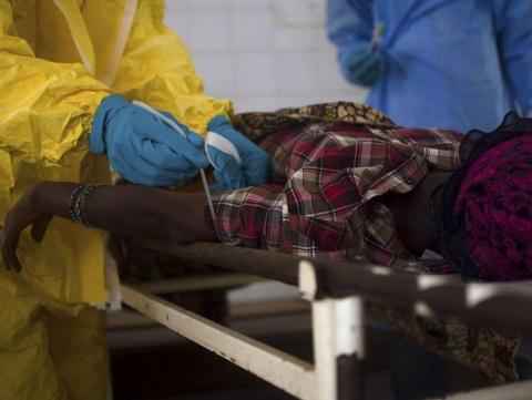 Virus Ebola va co che xam nhap co the nguy hiem hon HIV hinh anh