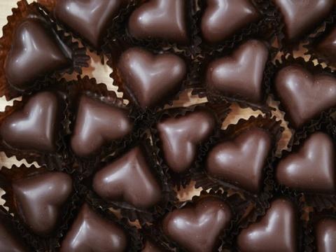 9 tac dung cua chocolate doi voi suc khoe hinh anh