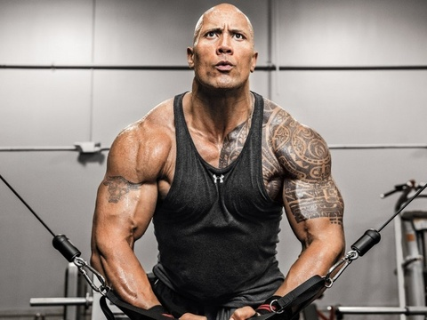 Che do dinh duong, luyen tap khac nghiet cua Dwayne Johnson hinh anh