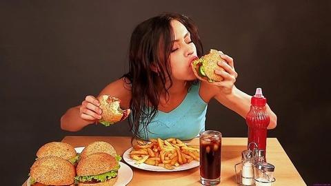 Tại sao một số người ăn rất nhiều nhưng vẫn gầy?