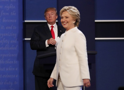 Chinh sach ngoai giao My qua chien luoc cua Trump va Clinton hinh anh