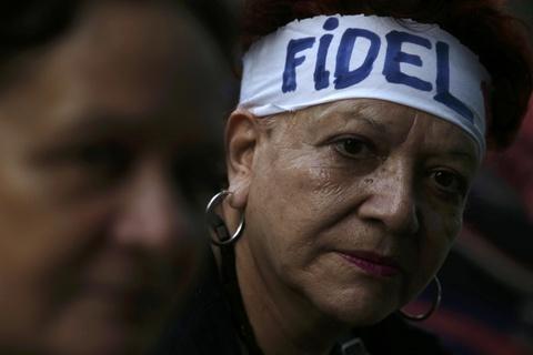 Bien nguoi tuong nho lanh tu Fidel Castro o Havana hinh anh 6