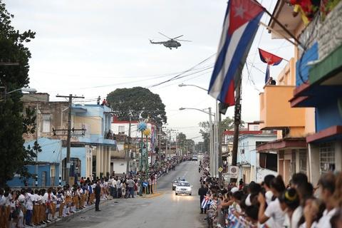 Doan xe tang dua lanh tu Fidel Castro ve chiec noi cach mang hinh anh 7