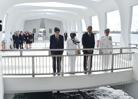 Tong thong Obama va Thu tuong Abe cui dau tai Tran Chau Cang hinh anh 1