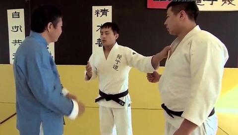 Cao thu Thai cuc quyen Vuong Chiem Hai 'ha' vo sinh judo hinh anh