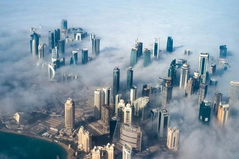 Hashtag tuan qua: Qatar giau nhung chua manh hinh anh