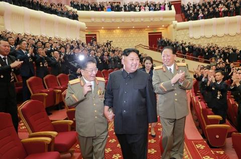 Kim Jong Un cung cac tuong linh mung vu thu bom H hinh anh 5