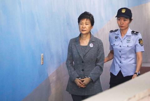 1.000 nguoi Han Quoc bieu tinh doi tha ba Park Geun-hye hinh anh